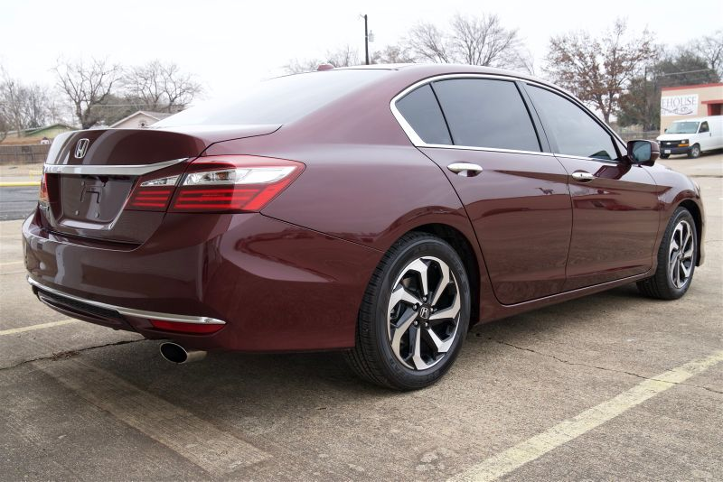 2016 Honda Accord EX-L, LOW MILES, VERY NICE! in Rowlett, Texas