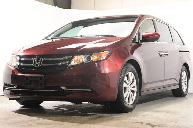 2016 Honda Odyssey SE w/ DvD