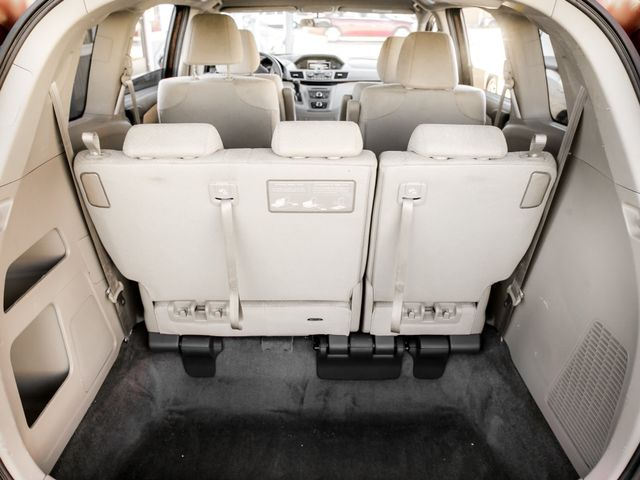 2016 Honda Odyssey LX Burbank, CA 16