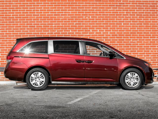 2016 Honda Odyssey LX Burbank, CA 4
