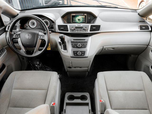 2016 Honda Odyssey LX Burbank, CA 8