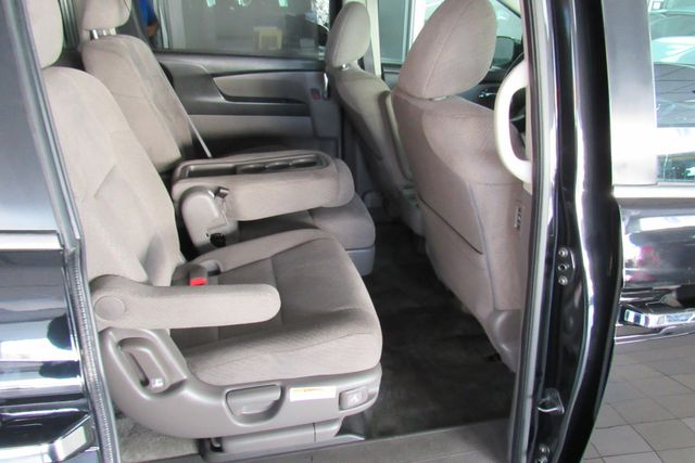 2016 Honda Odyssey SE W/ DVD/ BACK UP CAM Chicago, Illinois 7