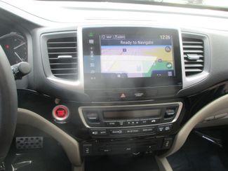 2016 Honda Pilot Touring Farmington, MN 7
