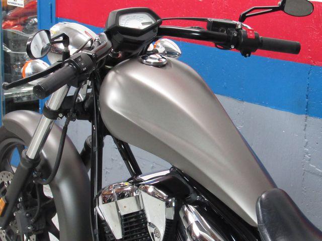 2016 Honda VT1300CXA Fury in Dania Beach , Florida 33004