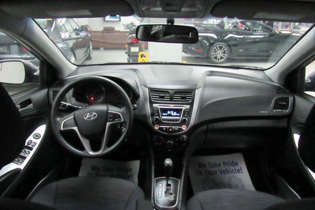 2016 Hyundai Accent 5-Door SE Chicago, Illinois 12