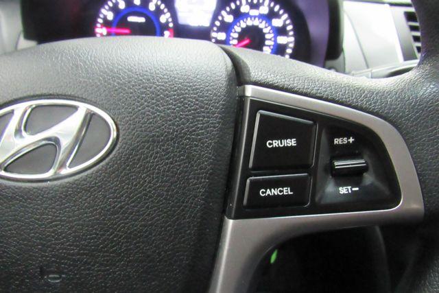 2016 Hyundai Accent 5-Door SE Chicago, Illinois 22