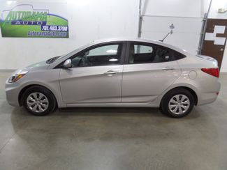 2016 Hyundai Accent SE  Dickinson ND  AutoRama Auto Sales  in Dickinson, ND