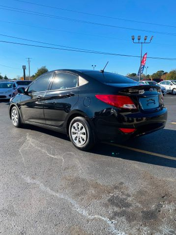 2016 Hyundai Accent SE   Hot Springs, AR   Central Auto Sales in Hot Springs, AR