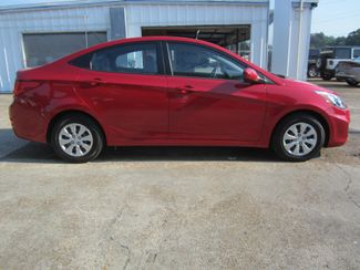 2016 Hyundai Accent SE Houston, Mississippi 3