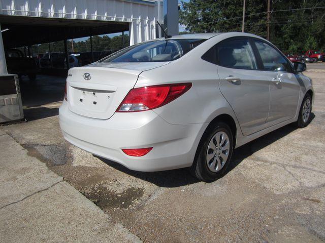 2016 Hyundai Accent SE Houston, Mississippi 4