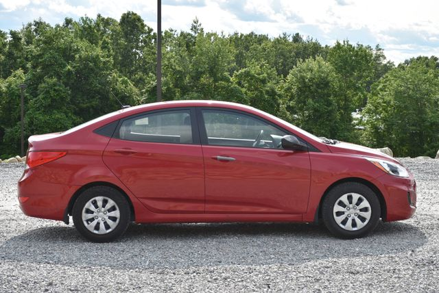 2016 Hyundai Accent SE Naugatuck, Connecticut 5