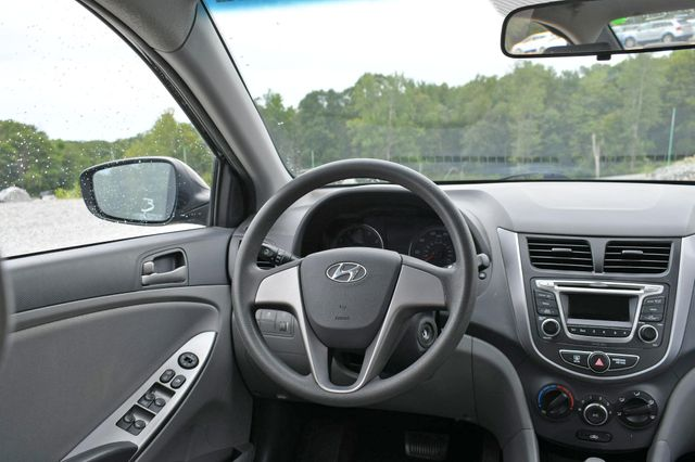 2016 Hyundai Accent SE Naugatuck, Connecticut 13
