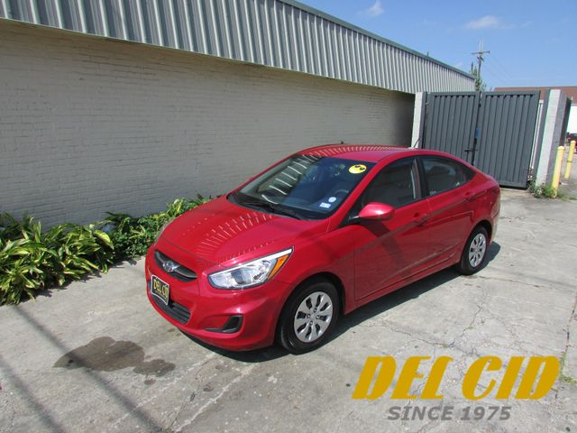 2016 Hyundai Accent SE, Low Miles! Gas Saver! Clean CarFax!