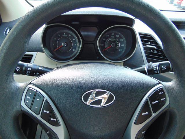 2016 Hyundai Elantra SE Alexandria, Minnesota 11