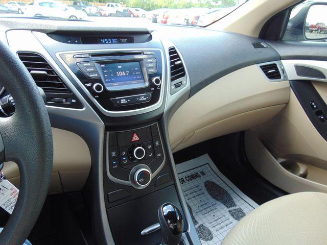 2016 Hyundai Elantra SE Alexandria, Minnesota 6