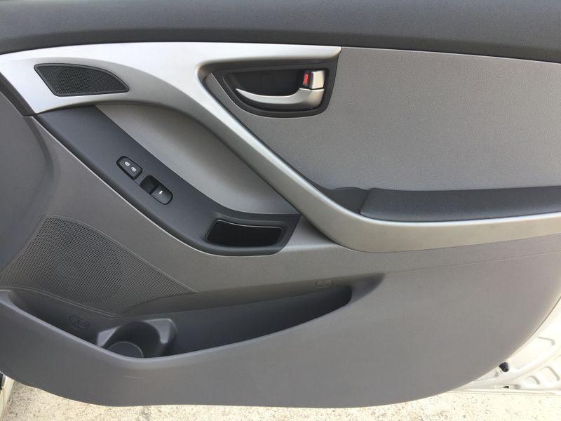 2016 Hyundai Elantra SE  Brownsville TX  English Motors  in Brownsville, TX