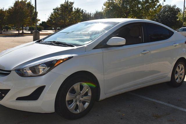 2016 Hyundai Elantra SE in McKinney, Texas 75070