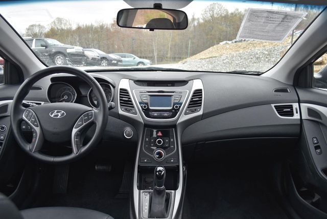 2016 Hyundai Elantra Value Edition Naugatuck, Connecticut 10