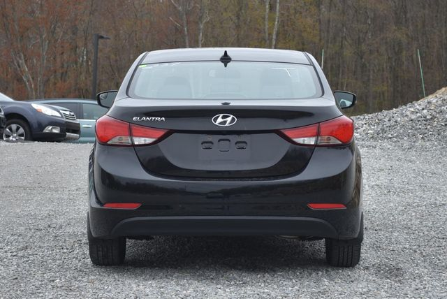 2016 Hyundai Elantra Value Edition Naugatuck, Connecticut 3