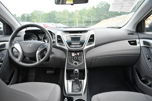 2016 Hyundai Elantra SE Naugatuck, Connecticut 16