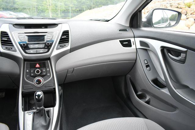 2016 Hyundai Elantra SE Naugatuck, Connecticut 17