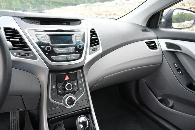 2016 Hyundai Elantra SE Naugatuck, Connecticut 21