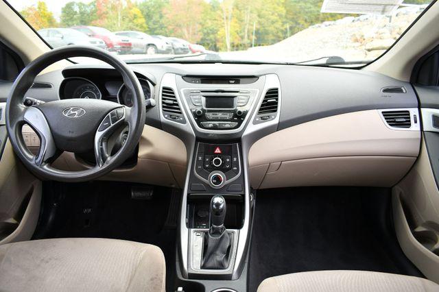 2016 Hyundai Elantra SE Naugatuck, Connecticut 13
