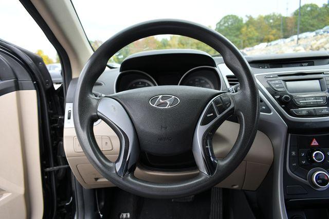 2016 Hyundai Elantra SE Naugatuck, Connecticut 15