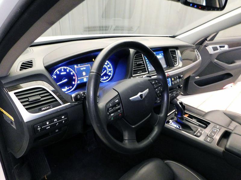 2016 Hyundai Genesis 38L  city Ohio  North Coast Auto Mall of Cleveland  in Cleveland, Ohio