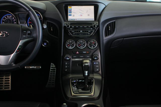 2016 Hyundai Genesis Coupe 3.8L Ultimate RWD- NAV - SUNROOF - HEATED LEATHER! Mooresville , NC 10
