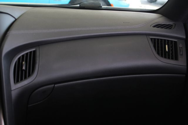 2016 Hyundai Genesis Coupe 3.8L Ultimate RWD- NAV - SUNROOF - HEATED LEATHER! Mooresville , NC 7