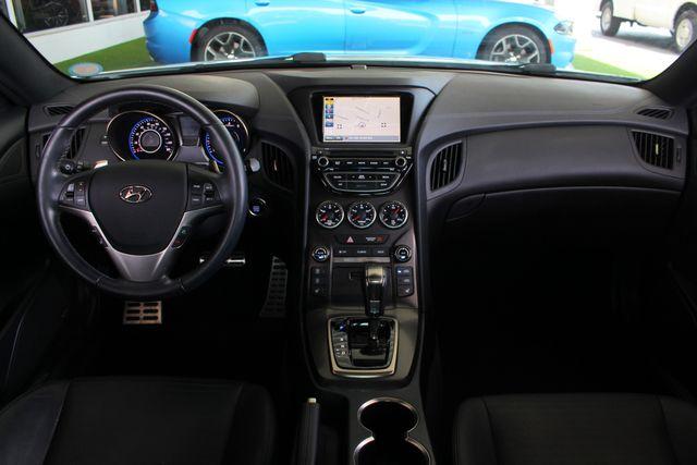 2016 Hyundai Genesis Coupe 3.8L Ultimate RWD- NAV - SUNROOF - HEATED LEATHER! Mooresville , NC 29