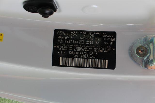 2016 Hyundai Genesis Coupe 3.8L Ultimate RWD- NAV - SUNROOF - HEATED LEATHER! Mooresville , NC 47