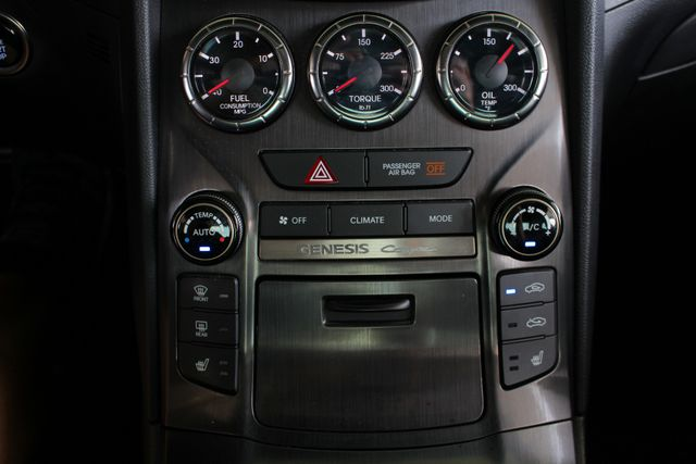 2016 Hyundai Genesis Coupe 3.8L Ultimate RWD- NAV - SUNROOF - HEATED LEATHER! Mooresville , NC 35