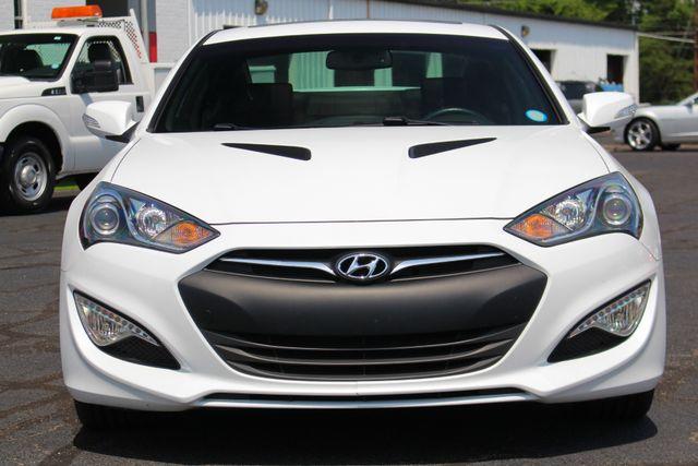 2016 Hyundai Genesis Coupe 3.8L Ultimate RWD- NAV - SUNROOF - HEATED LEATHER! Mooresville , NC 17