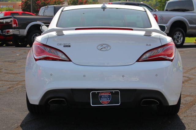 2016 Hyundai Genesis Coupe 3.8L Ultimate RWD- NAV - SUNROOF - HEATED LEATHER! Mooresville , NC 18