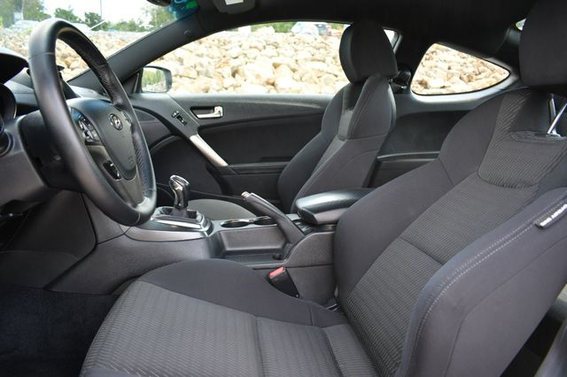 2016 Hyundai Genesis Coupe 3.8L Naugatuck, Connecticut 12