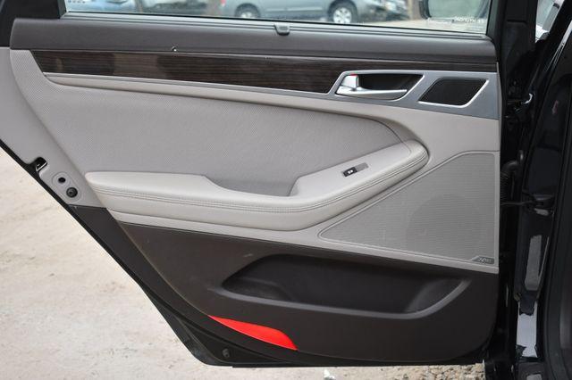 2016 Hyundai Genesis 3.8L Naugatuck, Connecticut 11