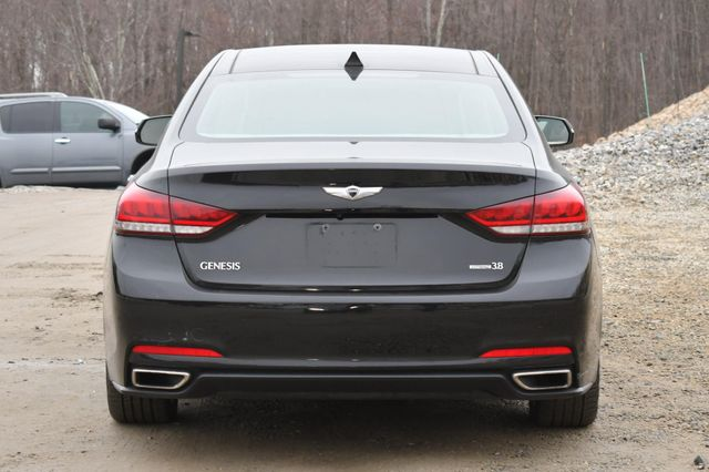 2016 Hyundai Genesis 3.8L Naugatuck, Connecticut 3