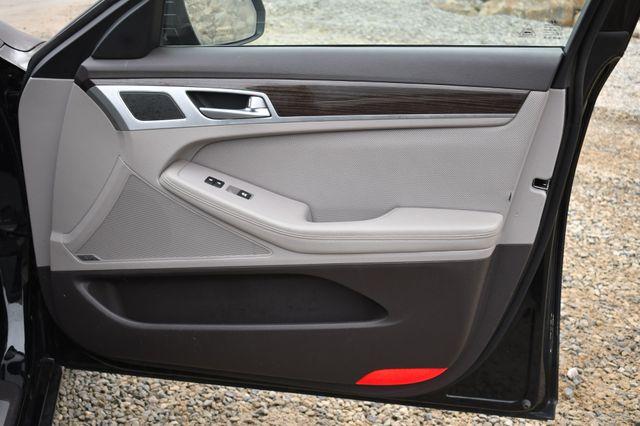 2016 Hyundai Genesis 3.8L Naugatuck, Connecticut 9