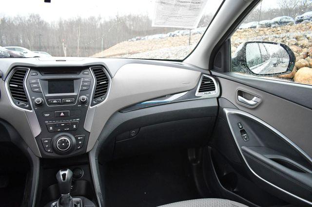 2016 Hyundai Santa Fe SE Naugatuck, Connecticut 18