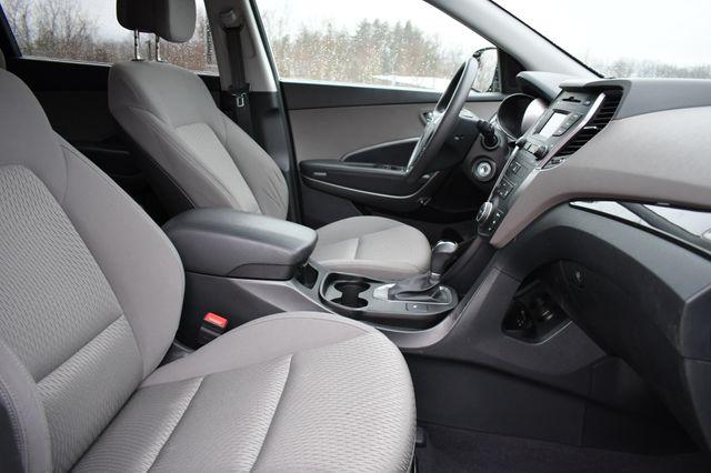 2016 Hyundai Santa Fe SE Naugatuck, Connecticut 9