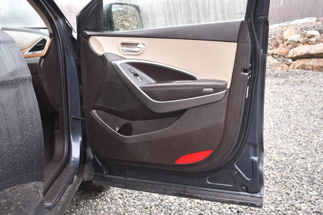 2016 Hyundai Santa Fe SE Naugatuck, Connecticut 10