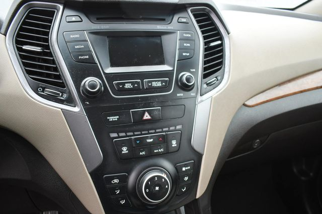 2016 Hyundai Santa Fe SE Naugatuck, Connecticut 20