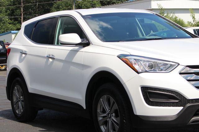 2016 Hyundai Santa Fe Sport FWD - ONE OWNER! Mooresville , NC 25