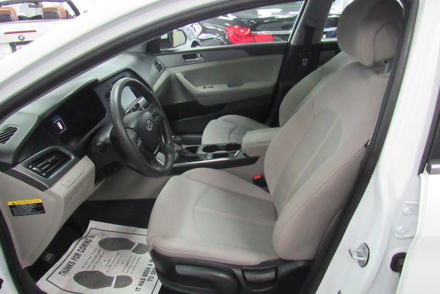 2016 Hyundai Sonata 2.4L SE W/ BACK UP CAM Chicago, Illinois 10