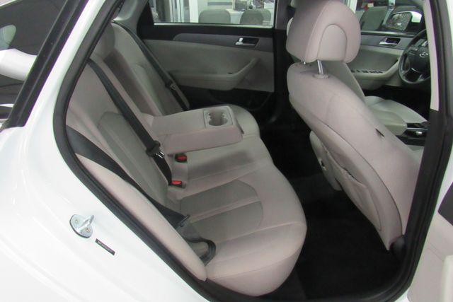 2016 Hyundai Sonata 2.4L SE W/ BACK UP CAM Chicago, Illinois 12