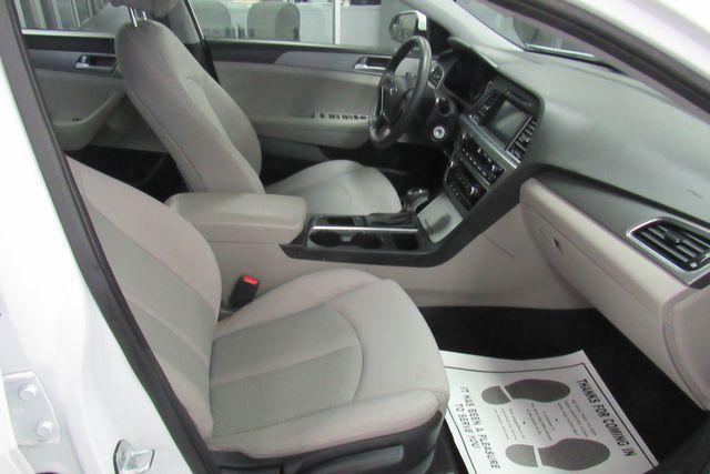 2016 Hyundai Sonata 2.4L SE W/ BACK UP CAM Chicago, Illinois 13