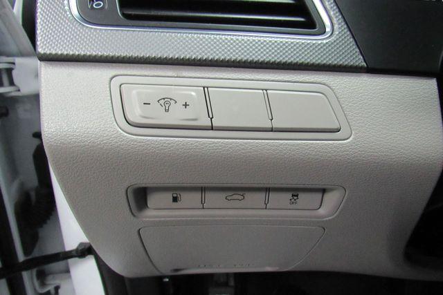 2016 Hyundai Sonata 2.4L SE W/ BACK UP CAM Chicago, Illinois 15