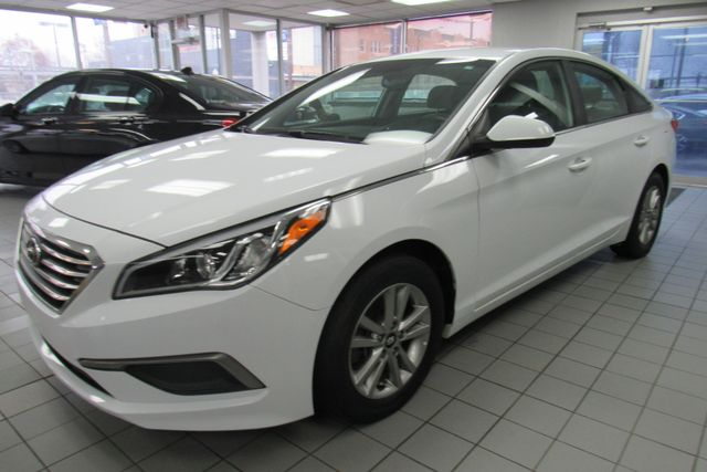 2016 Hyundai Sonata 2.4L SE W/ BACK UP CAM Chicago, Illinois 0